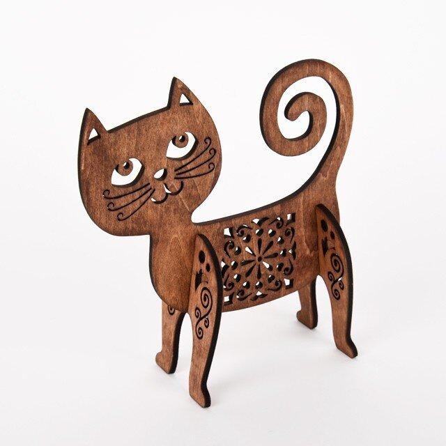 おちゃめ猫のオブジェ(木製インテリア)の画像1枚目