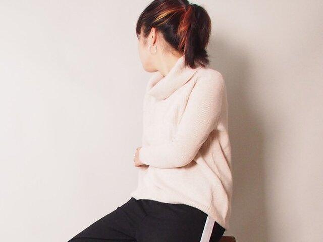お家で洗える!上質なカシミヤ100% 大きい衿のセーター ベージュの画像1枚目