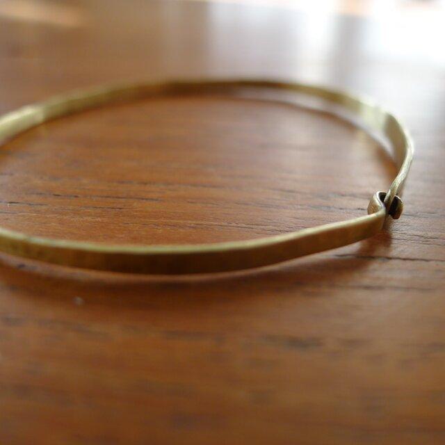 11bis 真鍮のバングル。finの画像1枚目