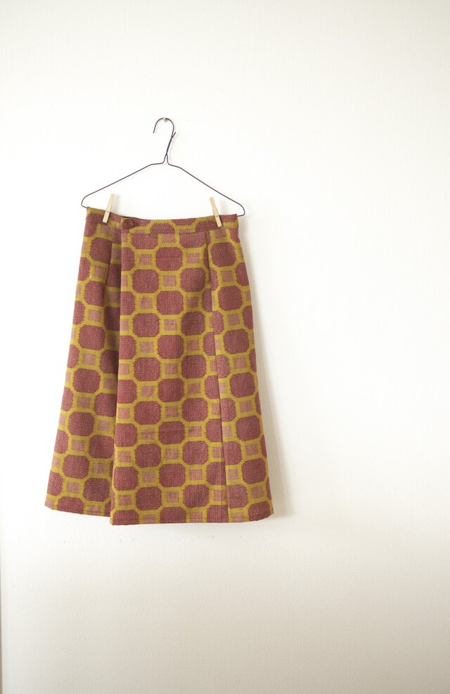 秋色ウールの巻きスカートの画像1枚目
