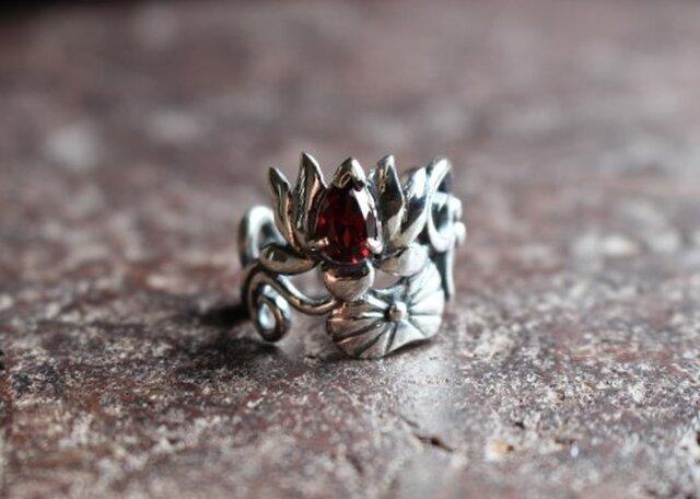 【受注品、T様専用ページ】ペアシェイプカットのガーネットリング「赤蓮華」の画像1枚目