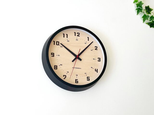 muku clock 8 ブラック km-81BRC 電波時計 連続秒針の画像1枚目