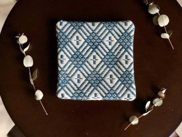 ⌘こぎん刺しコースター⌘ モドコ:変形花つなぎの画像1枚目