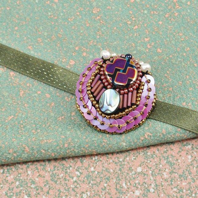 ビーズ刺繍の豪華な帯留め 1の画像1枚目