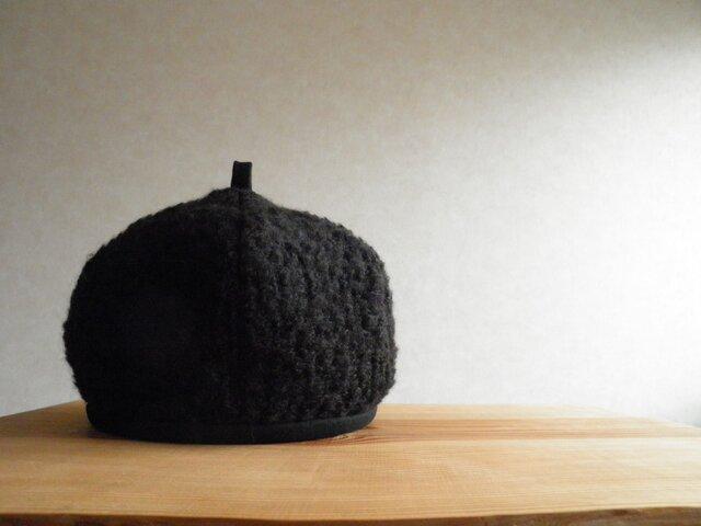 ブークレーニットのベレー帽 黒の画像1枚目