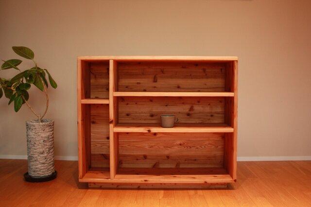 暖かみのある杉無垢材の 食器棚|本棚|飾り棚|シェルフ|カップボードの画像1枚目