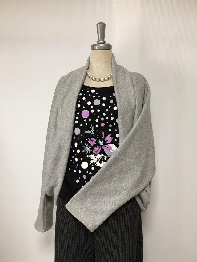 マーガレットボレロ  羽織りもの 杢グレー ドルマンスリーブ ニットの画像1枚目