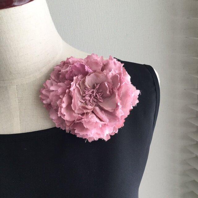 布花 芍薬のコサージュ ピンクの画像1枚目
