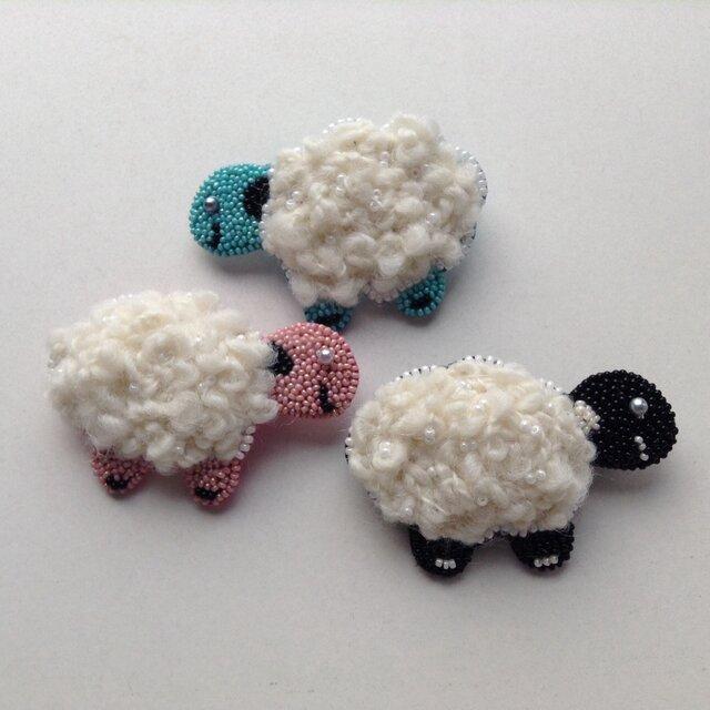 羊のブローチの画像1枚目