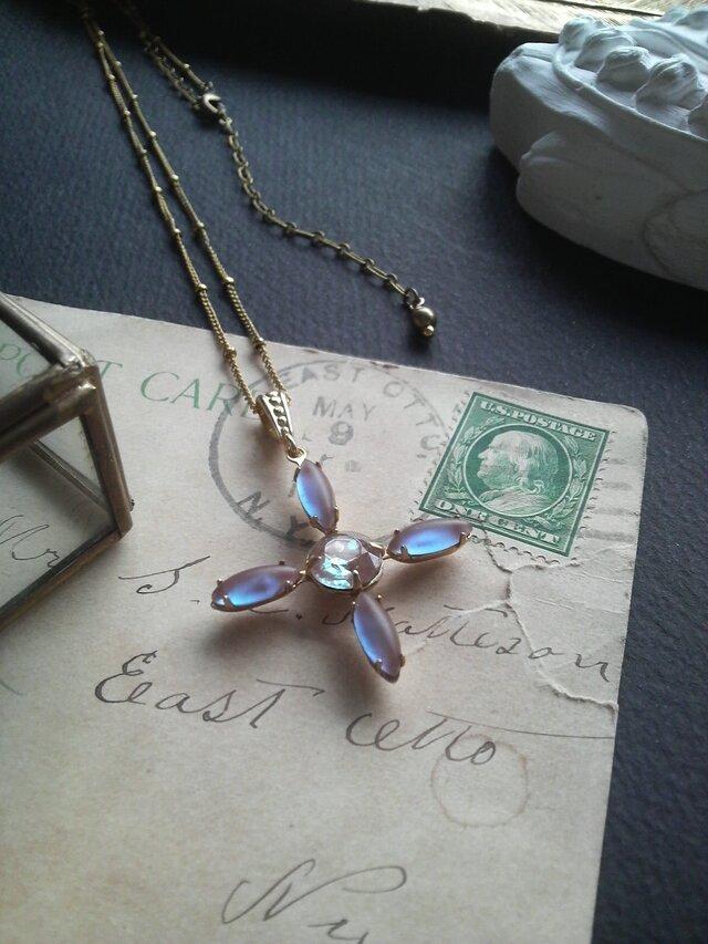 アンティーク Crossサフィレット(Blue/Purple)ネックレスの画像1枚目