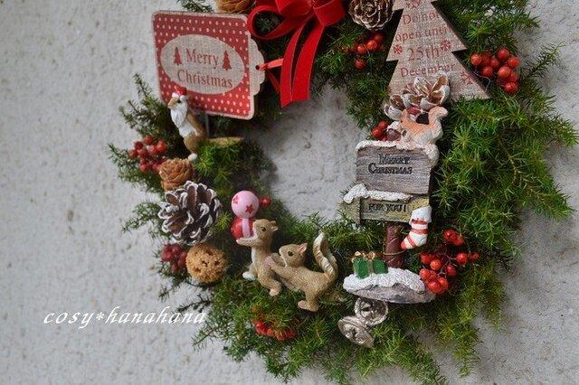 森のリスたちの*クリスマスwreathの画像1枚目