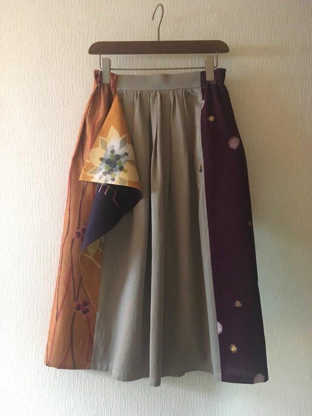 銘仙のフリルスカート823*ベージュ*綿サテン レーヨン 古布 ギャザースカートの画像1枚目