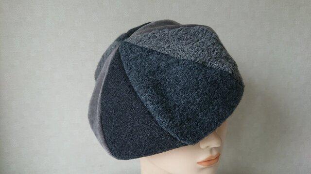 魅せる帽子☆【サイズオーダー可能】絵描きさん風グラデーションベレー~グレーの画像1枚目