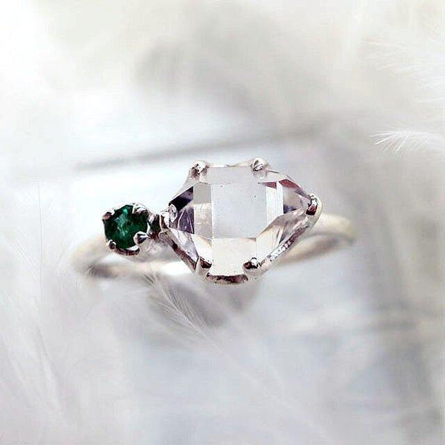 ハーキマーダイヤモンド+エメラルドSVリングの画像1枚目
