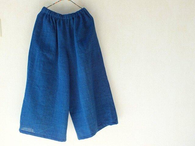 先染め手織りの藍布で作ったシンプルなパンツの画像1枚目