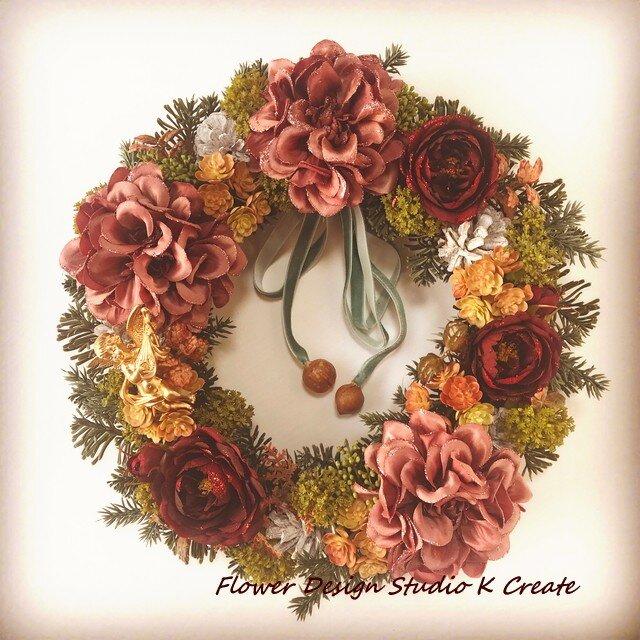 【SAL E:セール】モーブピンクのダリアとホワイトバインのクリスマスリースの画像1枚目