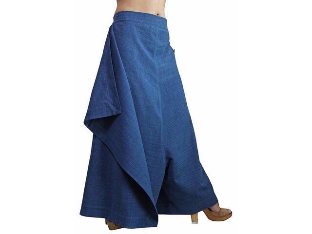 ジョムトン手織り綿の前掛け付きモン風ワイドパンツ インディゴ (PFS-047-03)の画像1枚目