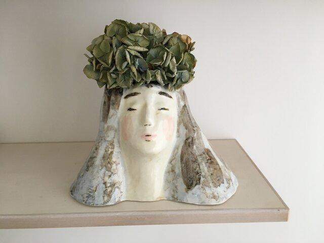 女神さま花器の画像1枚目