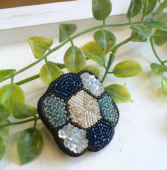 <再販>オートクチュール刺繍ブローチ お花のクロエの画像1枚目
