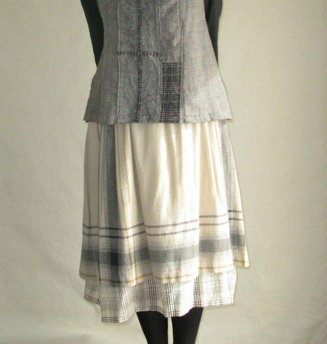 ウールレイア-ドスカートの画像1枚目