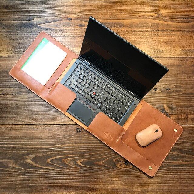 一枚革で作ったラップタイプのノートPCカバー:トコ革 /Lenovo Thinkpad X1 Yoga 専用の画像1枚目
