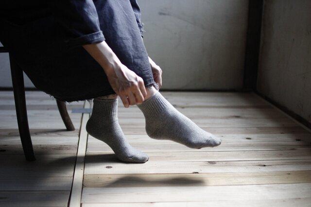 ハイブリッドメリノウール靴下/杢グレーの画像1枚目