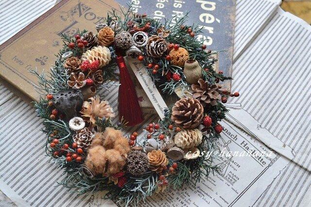 タッセルと木の実のナチュラルXmas*wreathの画像1枚目