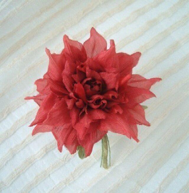 シルクデシンの はんなりダリア 深紅色 * コサージュ 髪飾の画像1枚目
