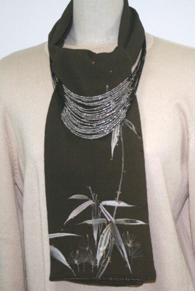 レトロな着物地のスカーフ(ビーズ刺繍入り)の画像1枚目