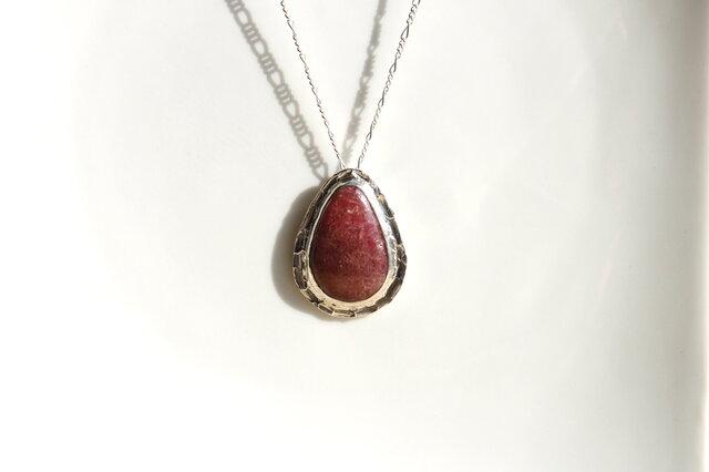 dusky rose necklace(ロードナイト)の画像1枚目
