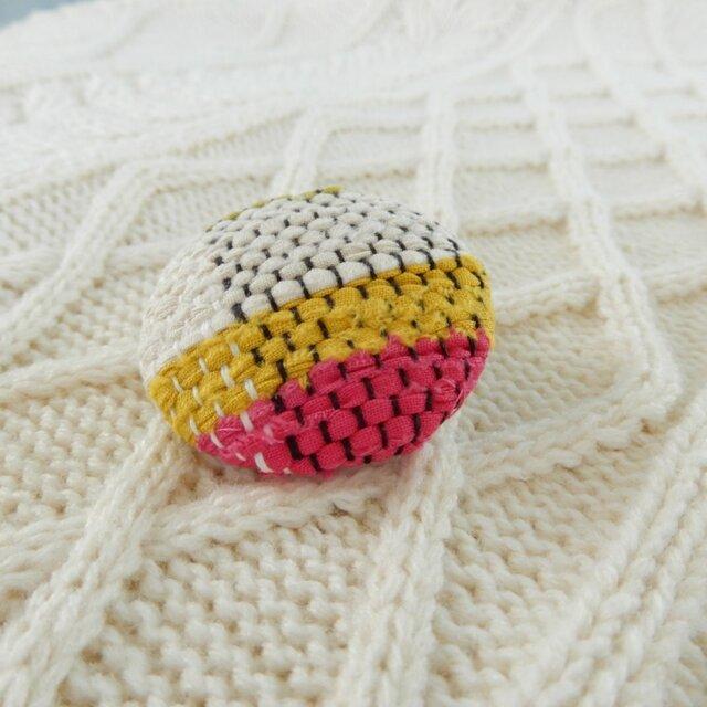 裂き織りのブローチの画像1枚目
