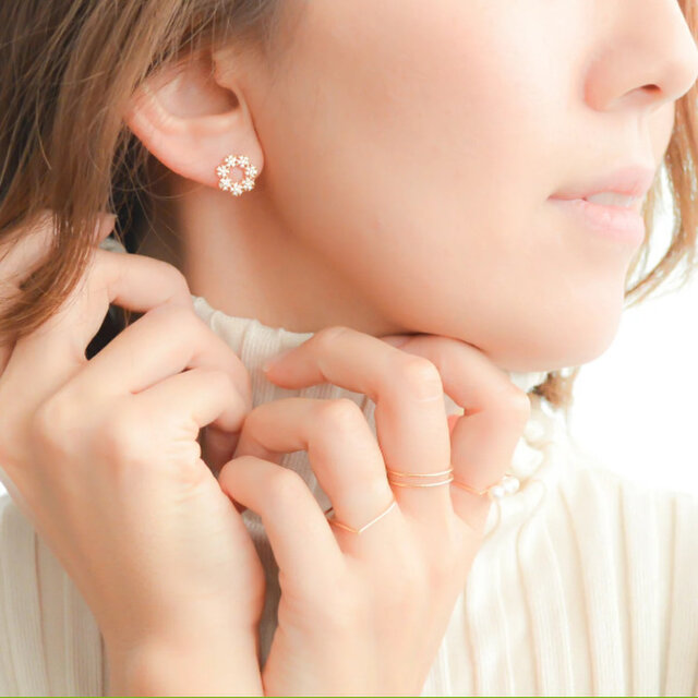Crystal of snow cz pierce/earring(silver925post)の画像1枚目
