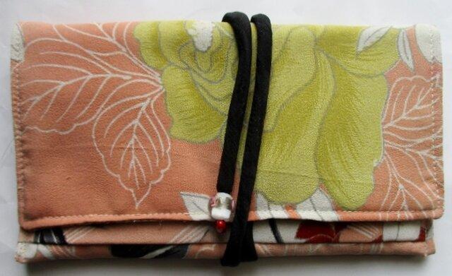 送料無料 花柄の着物で作った和風財布・ポーチ 3910の画像1枚目