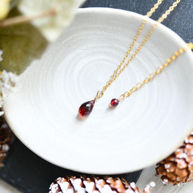 恋愛成就 実りの象徴 ドロップガーネットのネックレス  1月誕生石 重ね付けにも 単品の画像1枚目
