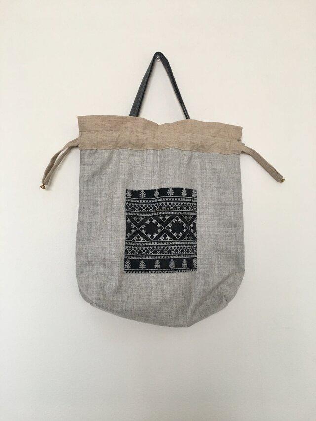 ベトナム ザオ族刺繍 巾着バックの画像1枚目