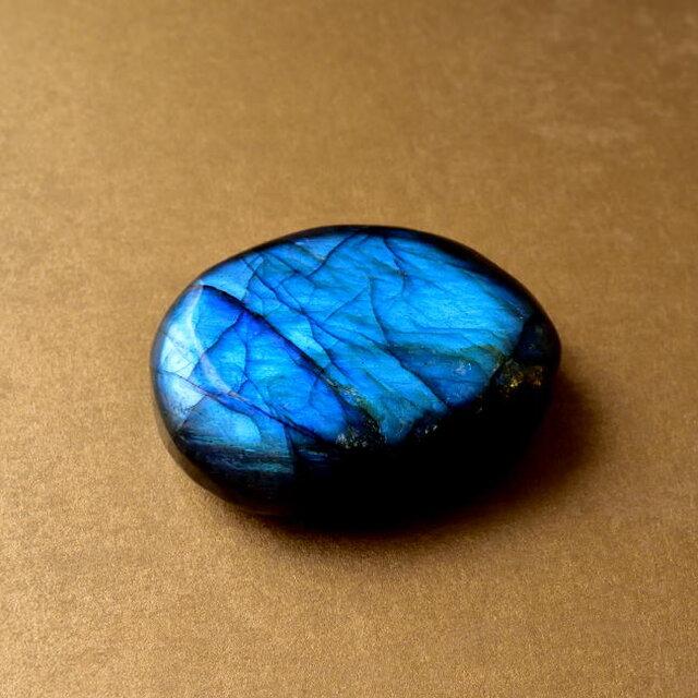 ラブラドライト bule palm stone マダガスカル産 42g 研磨原石