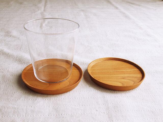 2枚セット 木製コースター 欅材1 丸型の画像1枚目