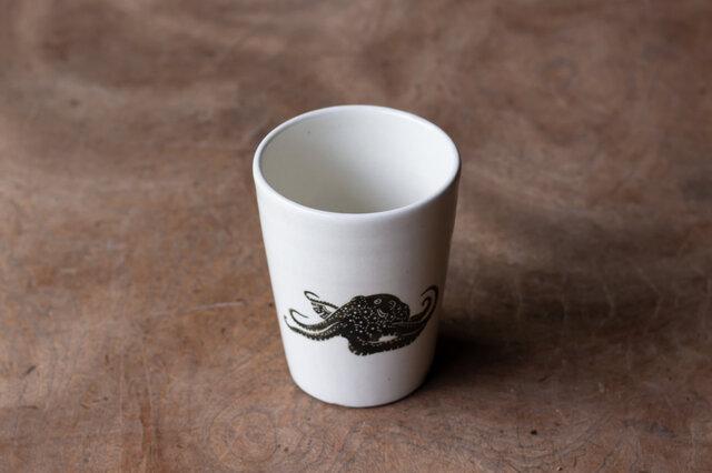 粉引フリーカップ(タコ)の画像1枚目