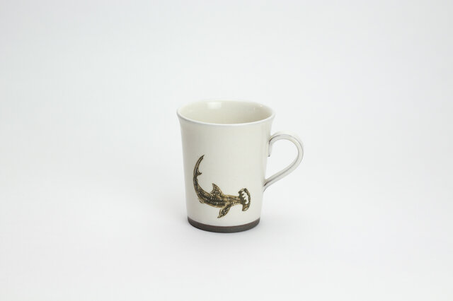 粉引コーヒーカップ(シュモクザメ)の画像1枚目