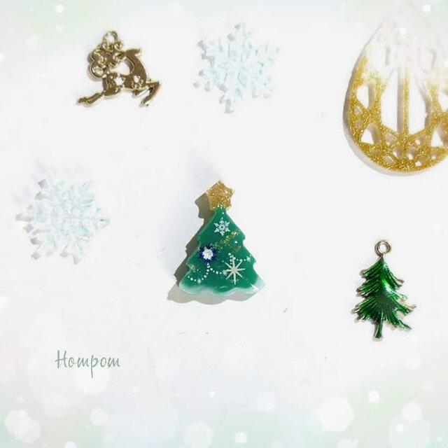 クリスマスツリーのピンバッジ☆グリーン ホムポムの画像1枚目
