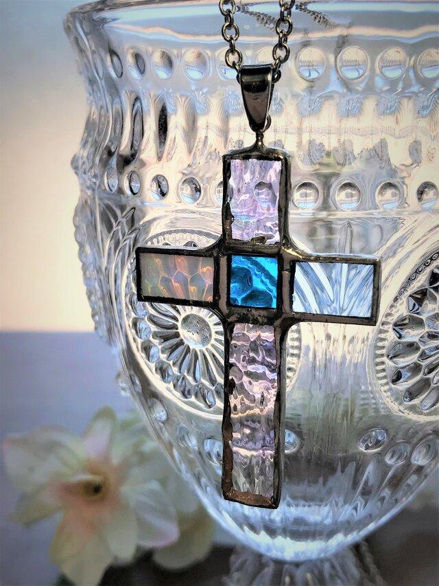 ステンドグラス クロスネックレス~ブルーの画像1枚目