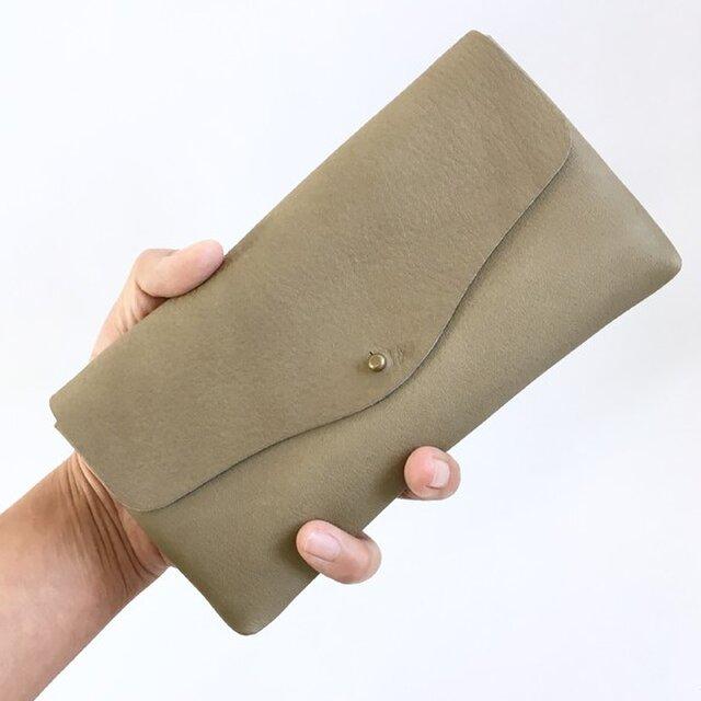 牛シュリンクレザーと牛床ベロアのシンプル長財布[モカ]の画像1枚目