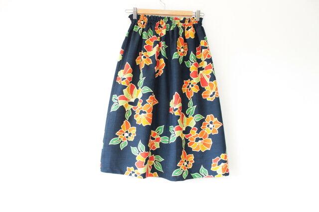 ☆着物スカート☆紺色花柄/31ks15の画像1枚目