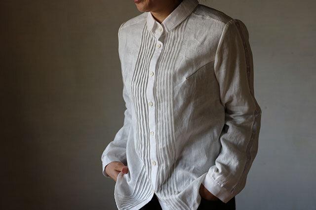 ピンタック袖レースシャツの画像1枚目