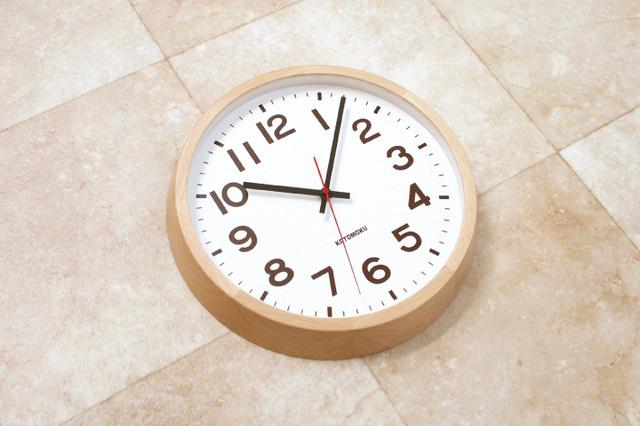 muku round wall clock 10 ナチュラル 電波時計 連続秒針 km-86NRCの画像1枚目