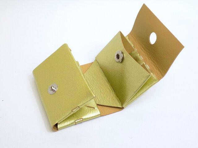 組み立てコンパクト三つ折り財布 革製 ゴールドの画像1枚目