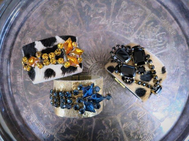 ハラコレザー カフブレスレット hair on leather cuff bracelet <LC-HBR3>の画像1枚目