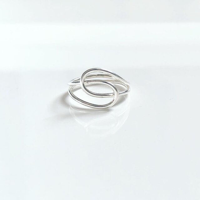 knot ring / silver lineの画像1枚目
