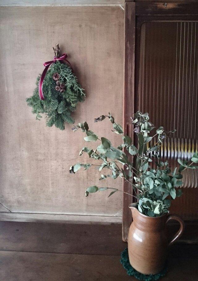 フレッシュグリーンのミニクリスマススワッグの画像1枚目