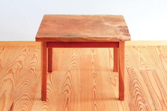 サクラのサイドテーブル2の画像1枚目